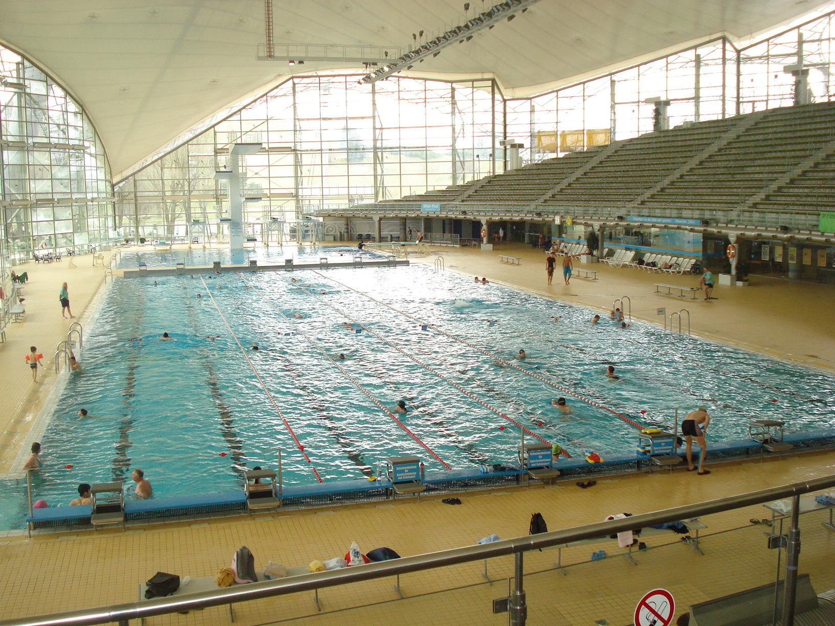301 moved permanently for Piscine olympique